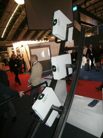 Projektory laserowe FHZ55 .....
